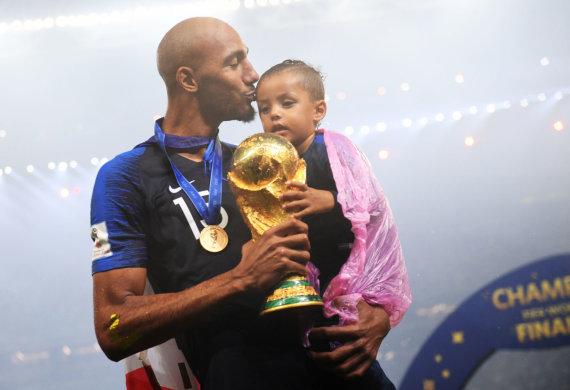 """Reuters""/""Scanpix"" nuotr./Stevenas Nzonzi šiemet laimėjo pasaulio futbolo čempionatą."