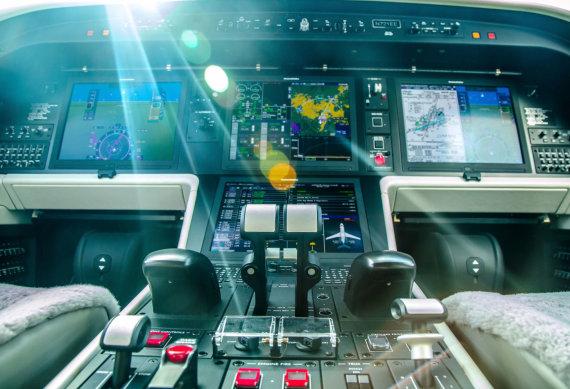 123RF iliustr./Lėktuvo kabina