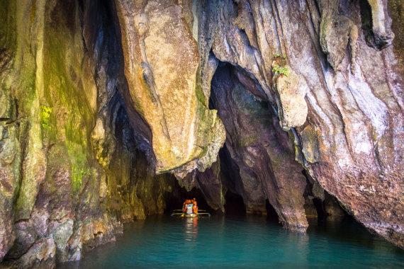 Shutterstock nuotr./Plaukimas požemine upe, Palavano sala, Filipinai