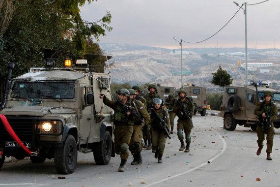 """AFP/""""Scanpix"""" nuotr./Izraelio kariai Vakarų Krante"""
