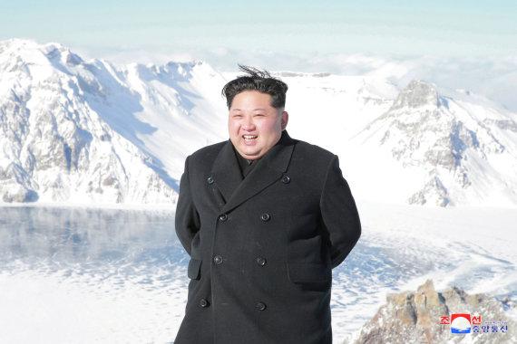 """Reuters""/""Scanpix"" nuotr./Kim Jong Unas ant Pektusanokalno"