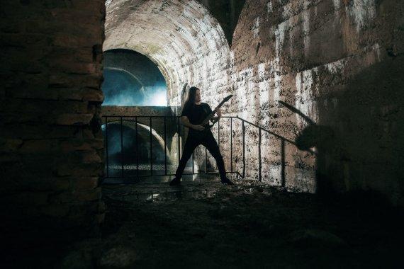 Asmeninio archyvo nuotr. /Kauno death metal grupės OSSASTORIUM vaizdo klipas buvo filmuojamas Kauno tvirtovės fortų tuneliuose