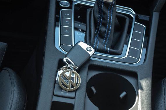 "Dainiaus Cuberos nuotr./""Volkswagen Passat GTE"""