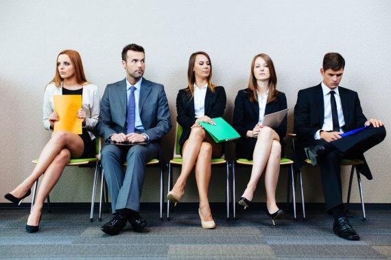 123RF.com nuotr./Kandidatai laukia darbo pokalbio
