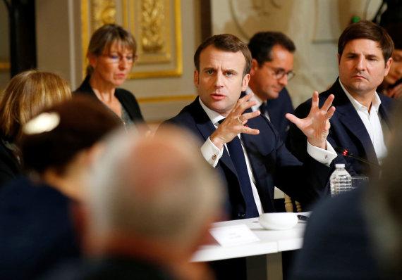 """""""Reuters""""/""""Scanpix"""" nuotr./Emmanuelis Macronas nacionaliniuose debatuose"""