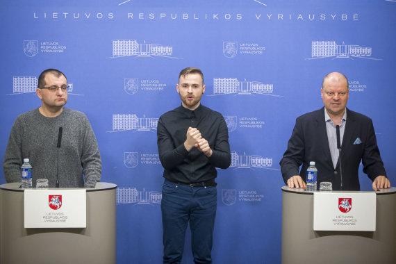 Roko Lukoševičiaus / 15min nuotr./Ministrų pasitarimas dėl koronaviruso Vyriausybėje