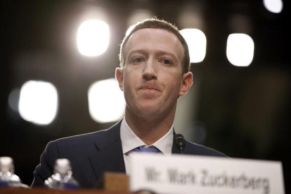"""Scanpix""/AP nuotr./""Facebook"" vadovas Markas Zuckerbergas JAV Senate"