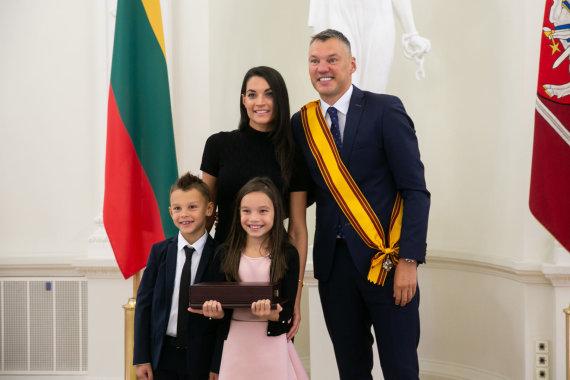 Žygimanto Gedvilos / 15min nuotr./Šarūnas Jasikevičius su šeima