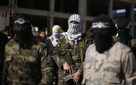 """""""Reuters""""/""""Scanpix"""" nuotr./""""Hamas"""" kovotojai Gazoje"""