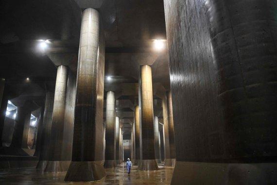 """AFP/""""Scanpix"""" nuotr./Japonijos """"Partenonas"""", """"Požeminė šventykla"""" – Kasukabe rezervuaras"""