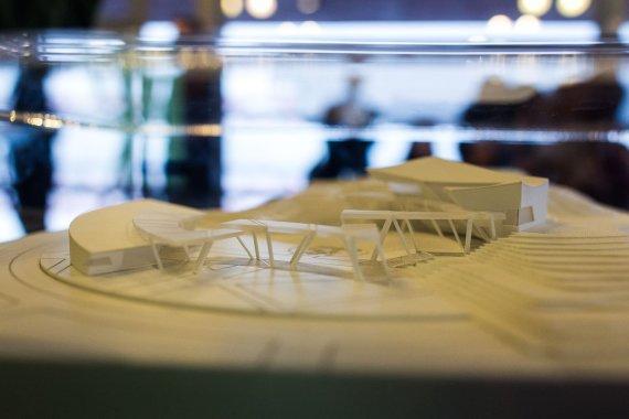 Irmanto Gelūno / 15min nuotr./Danielius Libeskindas pristatė naują projektą.