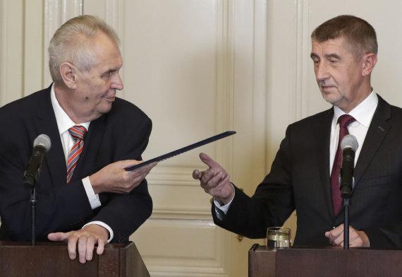 """""""Scanpix""""/AP nuotr./Milošas Zemanas (kairėje) ir Andrejus Babišas"""