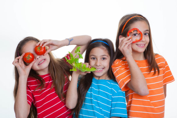 123RF.com nuotr./Sveikos mitybos pagrindai formuojami šeimoje