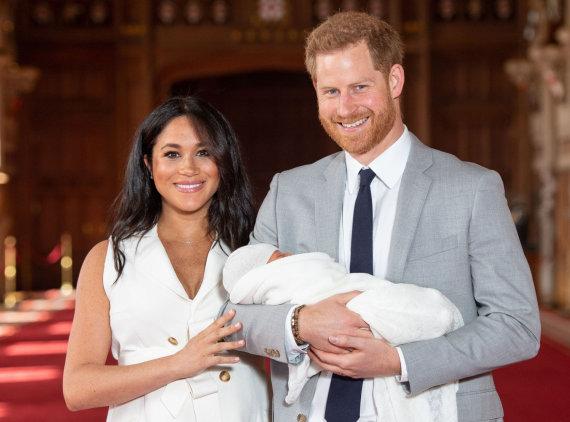 """""""Scanpix"""" nuotr./Meghan Markle ir princas Harry su pirmagimiu Archie"""