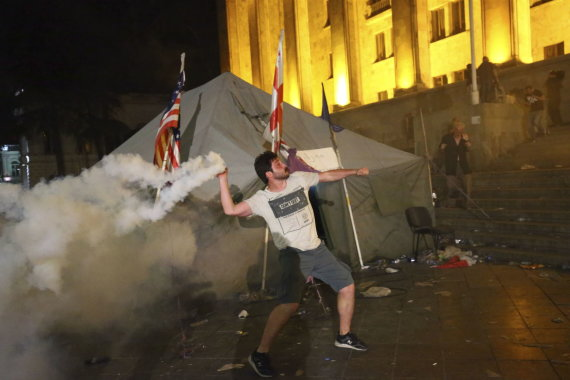 """Reuters""/""Scanpix"" nuotr./Protestas Tbilisyje"