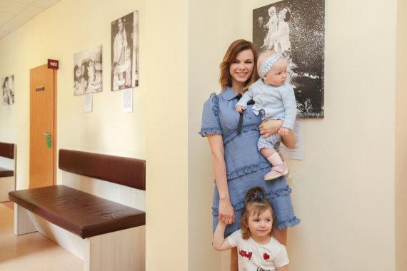 Vidmanto Balkūno / 15min nuotr./Laura Mazalienė su vaikais