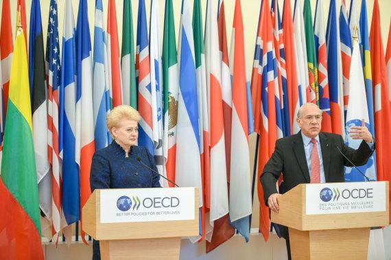 Prezidento kanceliarijos nuotr./ Robertas Dačkus/Prezidentė susitinka su Ekonominio bendradarbiavimo ir plėtros organizacijos (EBPO) generaliniu sekretoriumi Angeliu Gurria