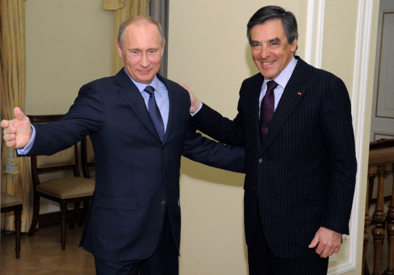"""""""Scanpix""""/AP nuotr./Vladimiras Putinas ir Francois Fillonas Maskvoje 2013 metais"""