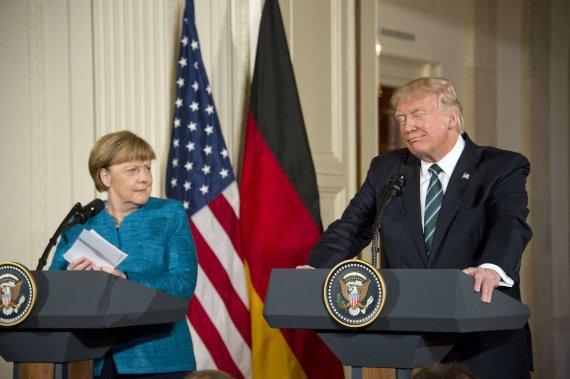 """Scanpix""/""Sipa USA"" nuotr./Angela Merkel ir Donaldas Trumpas"