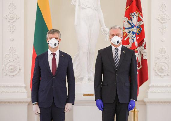 LR Prezidento kanceliarijos/R.Dačkaus nuotr./Dariaus Jauniškio priesaika