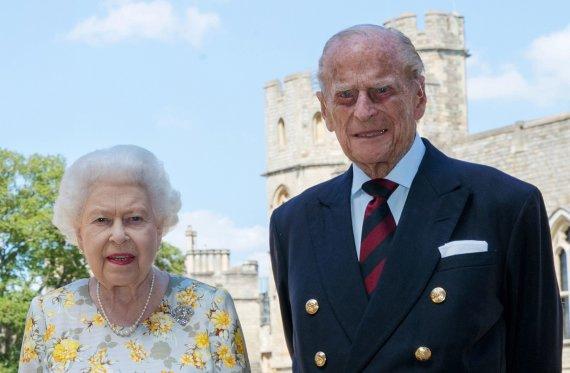 "AFP/""Scanpix"" nuotr./Elizabeth II ir princas Philipas"