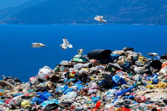123RF.com nuotr./Plastikas vandenyne