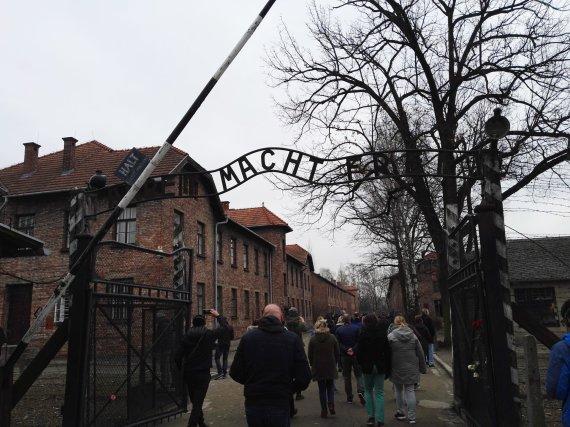 15min skaitytojo nuotr./Ekskursija Aušvico koncentracijos stovykloje