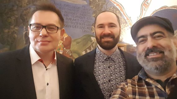 Asmeninio albumo nuotr./Artūras Tereškinas su širdies draugu Vladu ir draugu Gilbertu