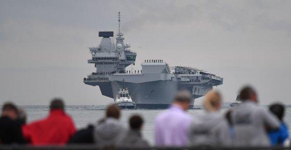 """AFP/""""Scanpix"""" nuotr./Lėktuvnešis """"HMS Queen Elizabeth"""""""