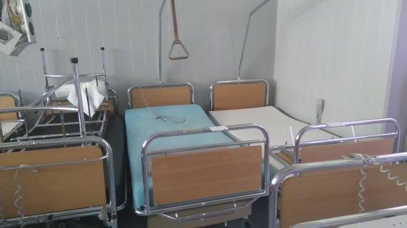 15min skaitytojo nuotr./Eišiškių palaikomojo gydymo ir slaugos ligoninei Šveicarijoje padovanotos lovos