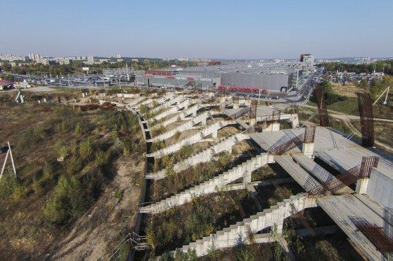Irmanto Gelūno / 15min nuotr./Stadionas ant Šeškinės kalno iš paukščio skrydžio