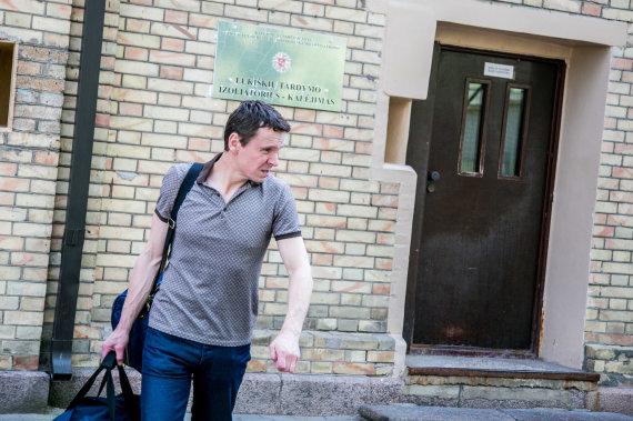 Juliaus Kalinsko / 15min nuotr./Raimondas Kurlianskis paleistas iš Lukiškių kalėjimo
