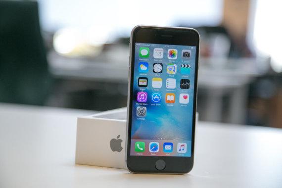 "Juliaus Kalinsko / 15min nuotr./""Apple"" išmanusis telefonas ""iPhone 6s"""