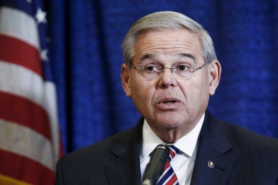 """Reuters""/""Scanpix"" nuotr./JAV senatorius Robertas Menendezas."