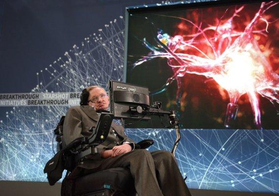 """AFP/""""Scanpix"""" nuotr./Stepheno Hawkingo ir Jurijaus Milnerio pristatymas Niujorke"""