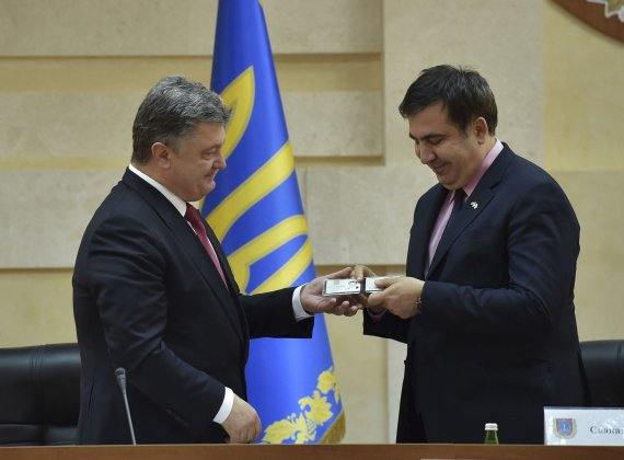 """""""Reuters""""/""""Scanpix"""" nuotr./Petro Porošenka ir Michailas Saakašvilis"""