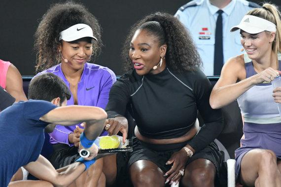 """""""Scanpix"""" nuotr./Naomi Osaka, Serena Williams ir Caroline Wozniacki"""
