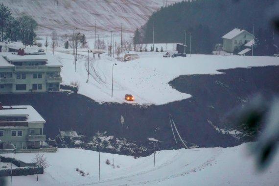 """AFP/""""Scanpix"""" nuotr./Norvegijoje dėl žemės nuošliaužos evakuota šimtai žmonių"""