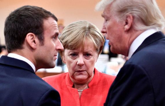 """""""Reuters""""/""""Scanpix"""" nuotr./Emmanuelis Macronas, Angela Merkel ir Donaldas Trumpas"""