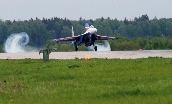 """Reuters""/""Scanpix"" nuotr./Naikintuvas Su-27"