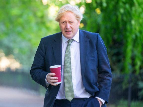 """""""Scanpix"""" nuotr./Borisas Johnsonas grįžta į parlamentą"""