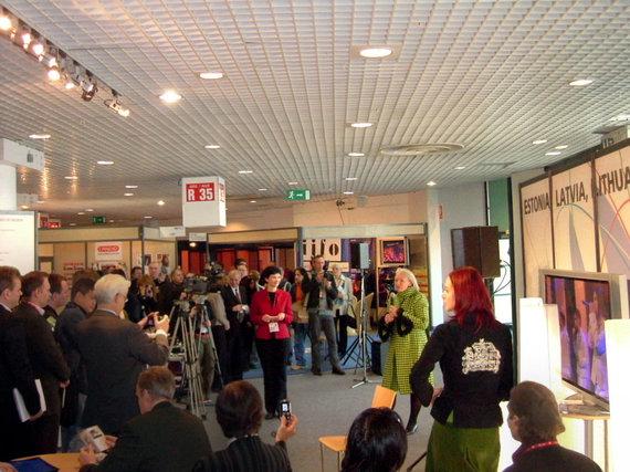 MIC nuotr./Baltijos paviljono atidarymas MIDEM 2005 m.
