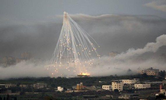 """""""Reuters""""/""""Scanpix"""" nuotr./Bombarduojamas Gazos Ruožas"""