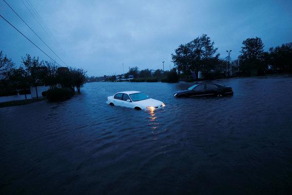 """""""Reuters""""/""""Scanpix"""" nuotr./Audros Florence padariniai"""