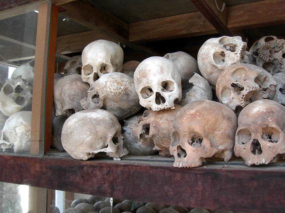 Wikipedia.org nuotr./Raudonųjų khmerų aukų kaukolės
