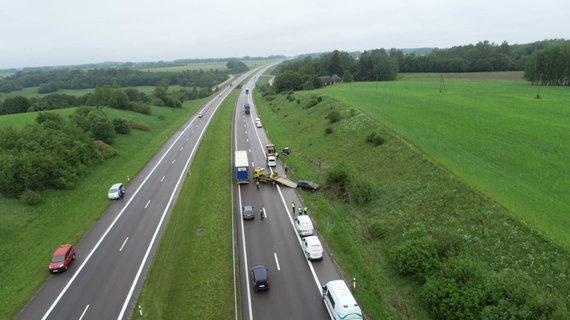 15min nuotr./Dviejų BMW avarija netoli Kryžkalnio