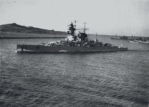 """Wikipedia.org nuotr./""""Admiral Graf Spee"""" Montevidėjuje"""