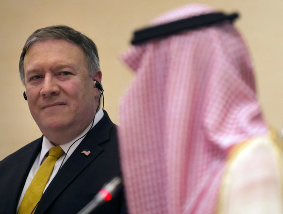 """Scanpix""/AP nuotr./Mike'as Pompeo Saudo Arabijoje"