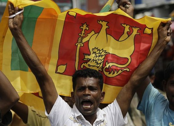 """""""Reuters""""/""""Scanpix"""" nuotr./Šri Lanka švenčia pergalę prieš tamilų """"tigrus""""."""
