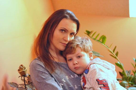Asmeninio archyvo nuotr. /Živilė Kulėšė su sūneliu Jokūbu